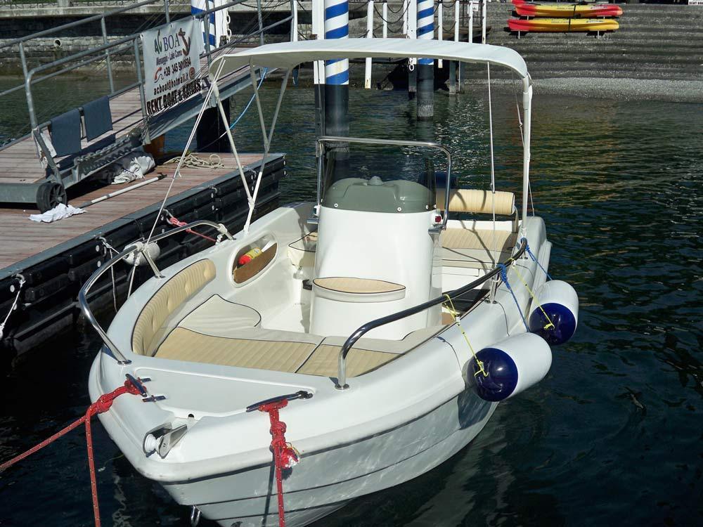 noleggio barca as 530 enica 10